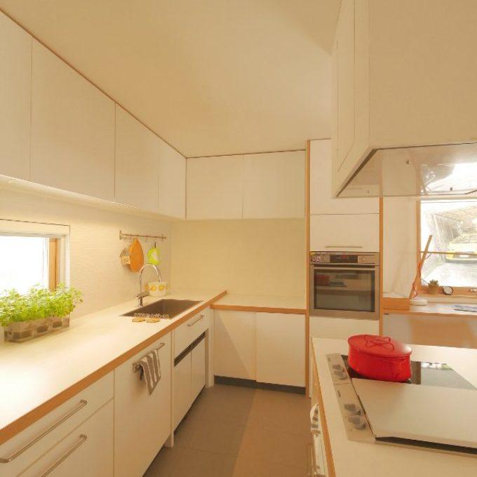 注文住宅は、オーダーキッチンでデザイン
