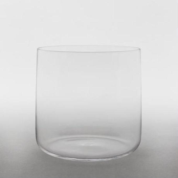 ジャスパーモリソンデザインでブラッシュアップされた日本の手仕事「うすはりグラス」